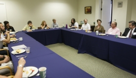 """The Young and The Mobile"" Breakfast Roundtable group"