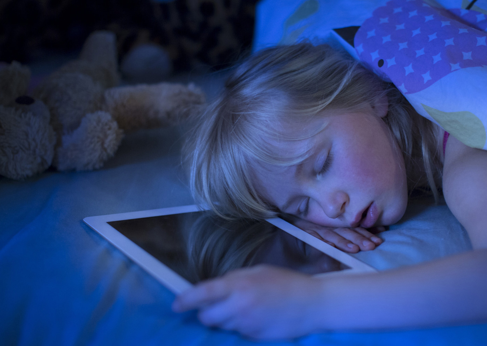 New Research on Screen Time Explains Why It Sabotages Children's Sleep, June 2019